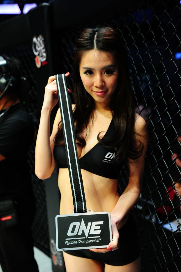 Malaysian-model-Felixia-Yeap-nude-www.ohfree.net-015 Malaysian model of Chinese descent Felixia Yeap nude sexy photos leaked