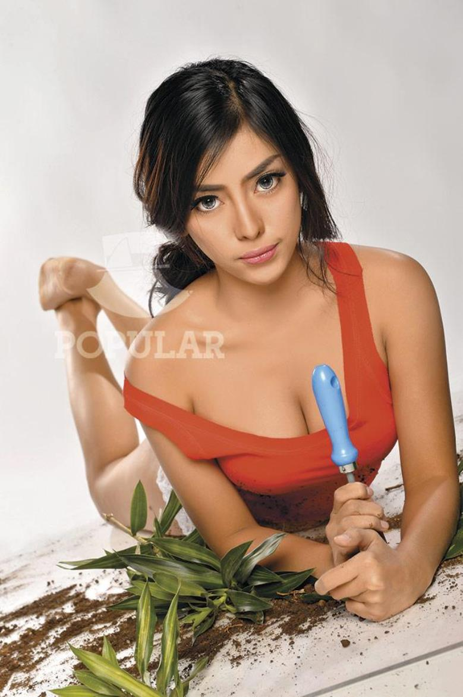 Indonesia-model-Nheyla-Putri-sexy-www.ohfree.net-025 Indonesia model Nheyla Putri sexy photos in Magazine