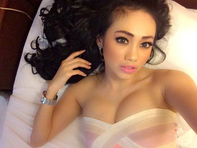 Indonesia-model-Nheyla-Putri-sexy-www.ohfree.net-034 Indonesia model Nheyla Putri sexy photos in Magazine