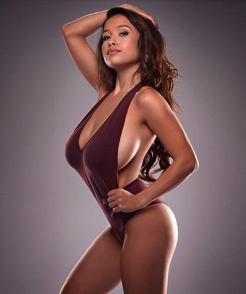 Elizabeth-Anne-Pelayo-nude-www.ohfree.net-004 American glamour model Elizabeth Anne Pelayo nude photos leaked