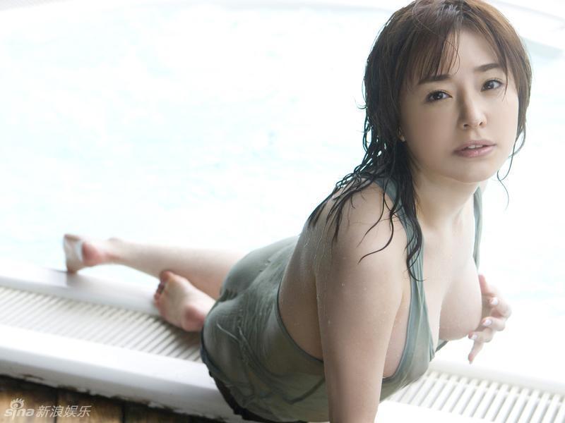 Former-AV-idol-Haruka-Nanami-by-ohfree.net-12 Japanese actress, a former AV idol Haruka Nanami 名波 はるか nude sexy