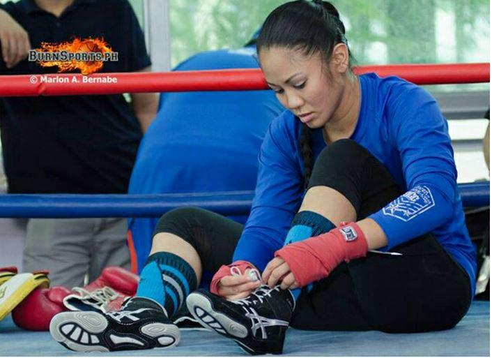 MMA-fighter-Ana-Julaton-leaked-www.ohfree.net-017 Filipina-American boxer and MMA fighter Ana Julaton leaked nude sexy