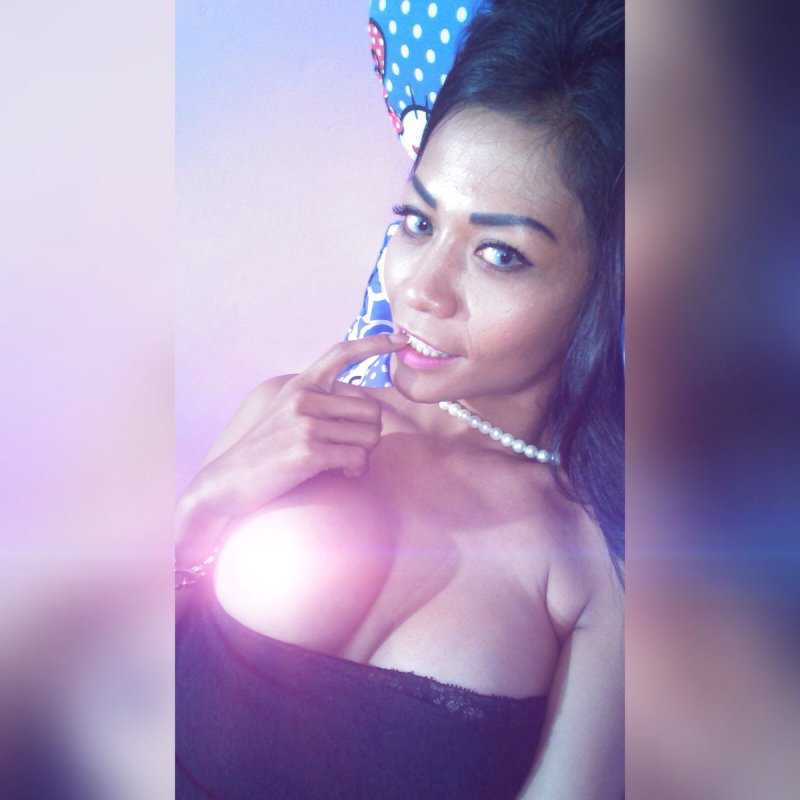 Indonesian-model-Entin-Eva-Kartini-011-by-ohfree.net_ Indonesian model Entin Eva Kartini nude sexy photos leaked