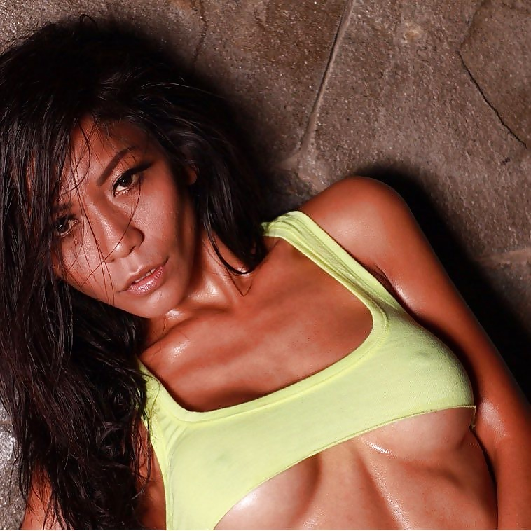 Indonesian-model-Entin-Eva-Kartini-028-by-ohfree.net_ Indonesian model Entin Eva Kartini nude sexy photos leaked