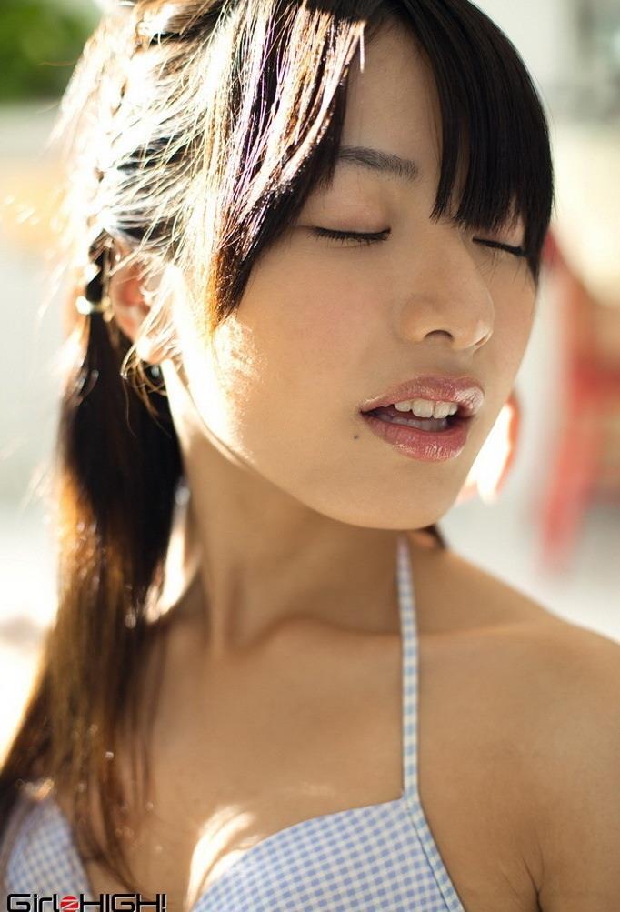 AV-idol-Kana-Yume-001-by-ohfree.net_ Japanese gravure idol, actress and AV idol Kana Yume 由愛 可奈