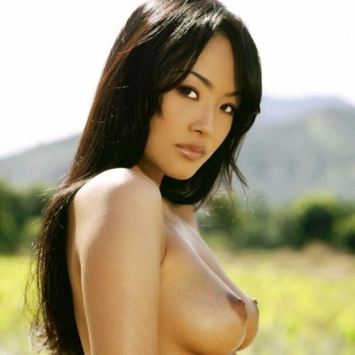 Natasha-Yi-nude-sexy-photos-leaked-018-by-ohfree.net_ American model and actress Natasha Yi nude sexy photos leaked