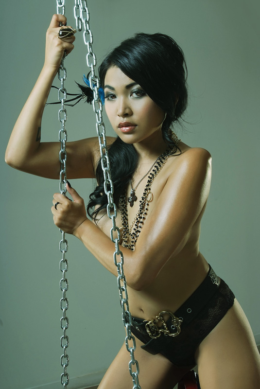 Mariqueen-Maandig-leaked-nude-sexy-023-by-ohfree.net_ Filipino American musician Mariqueen Maandig leaked nude sexy photos
