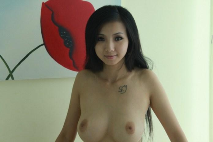 Chinese-Big-tits-model-Yi-Yi-www.sexvcl.net-014 Chinese Big tits model Yi Yi 依依 naked sexy photos