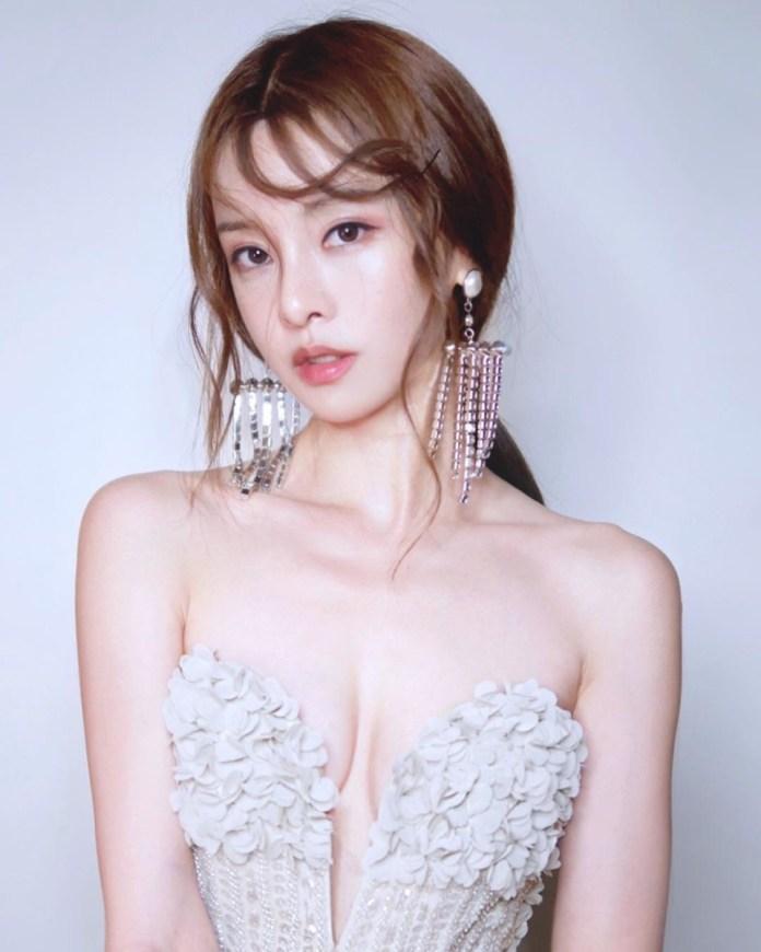 Cathryn-Li-nude-sexy-leaked-035-www.sexvcl.net_ Former Miss Malaysia, fitness model Cathryn Li nude sexy leaked