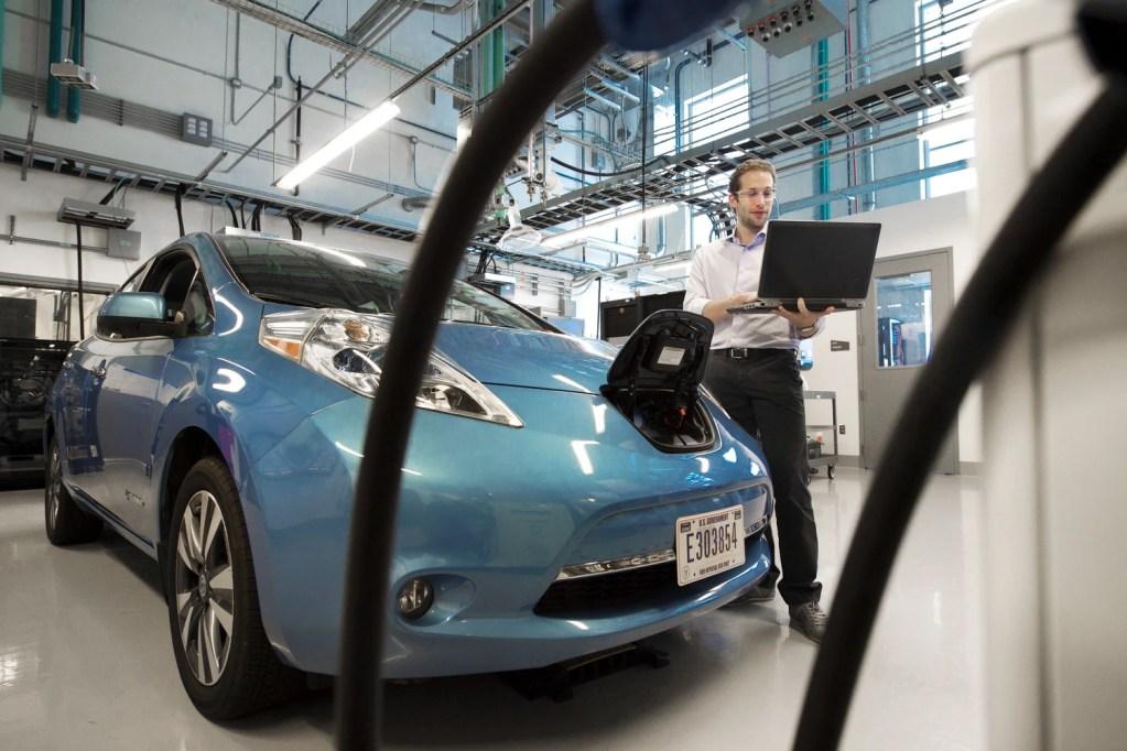 Mobilidade Elétrica: salva o planeta mesmo sobre rodas title