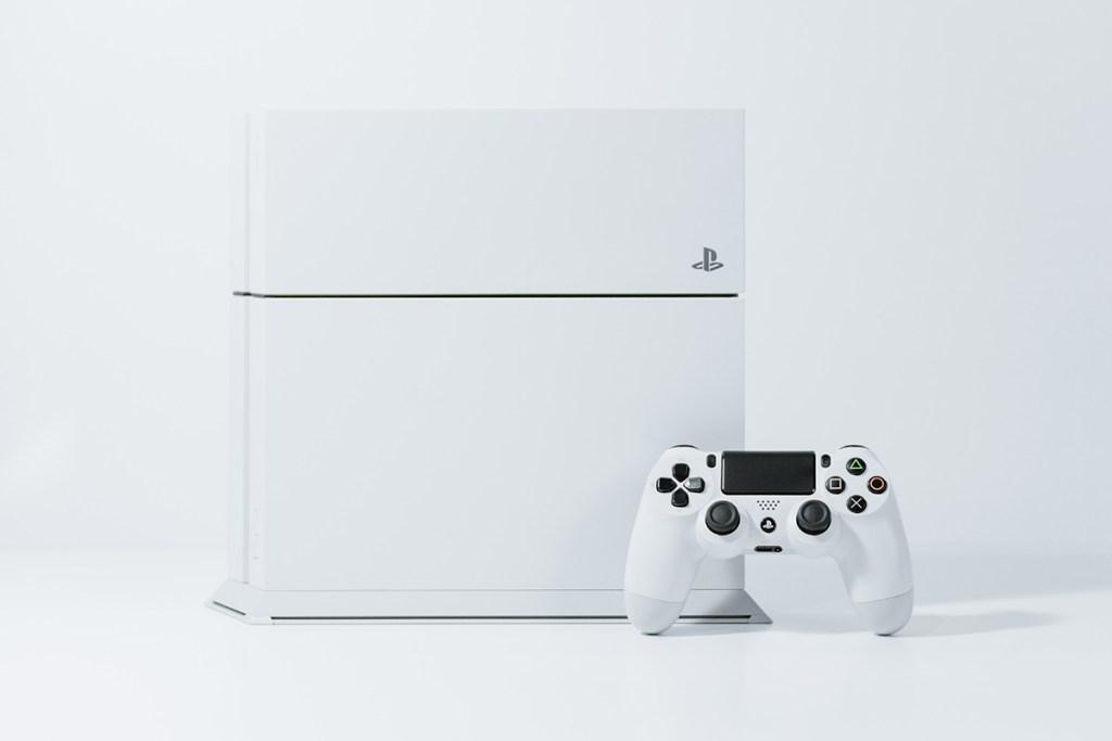 7 acessórios PS4 para jogares a outro nível title