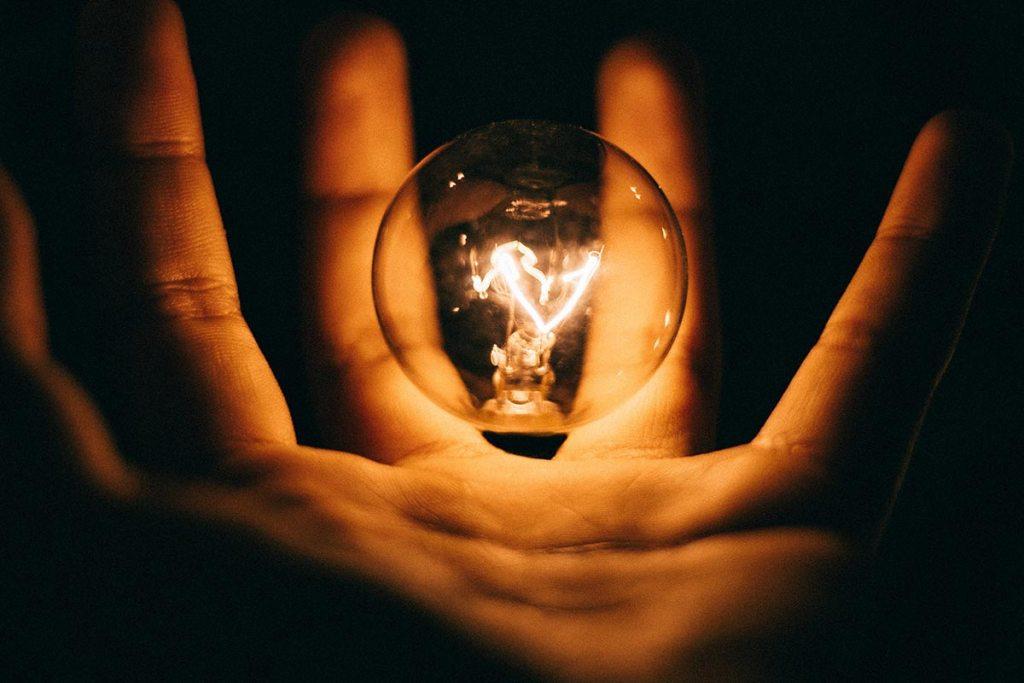 Como poupar energia? Experimenta estas 9 dicas title