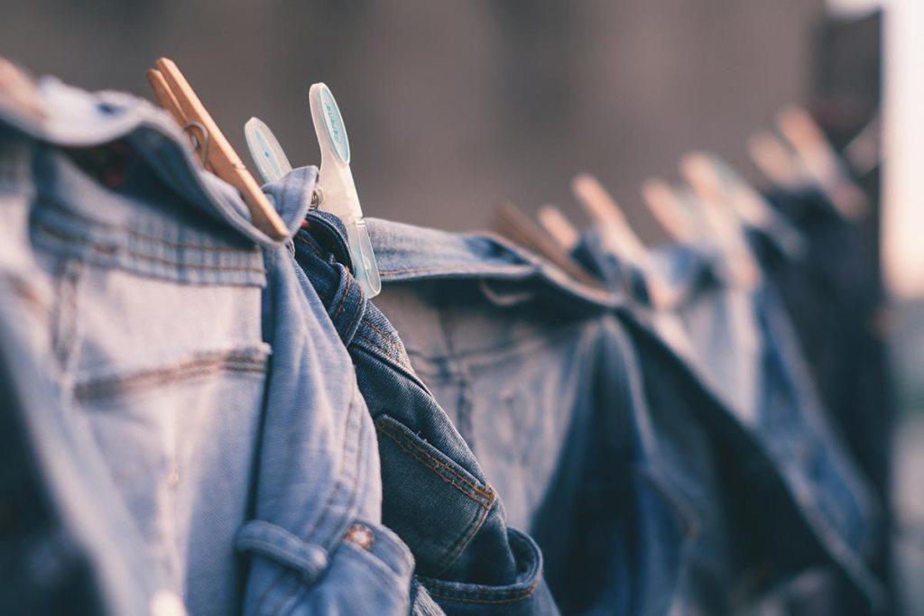 10 dicas para uma lavagem de roupa mais eficiente title