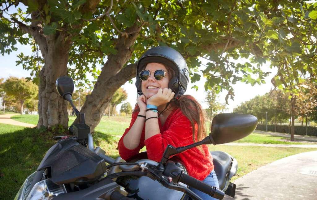 4 motos que podes conduzir com menos de 16 anos title