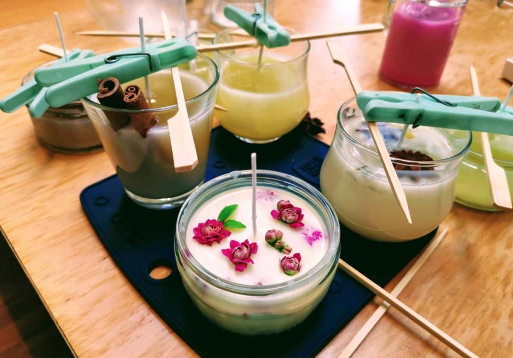 Como fazer velas perfumadas em casa: as receitas mais populares title