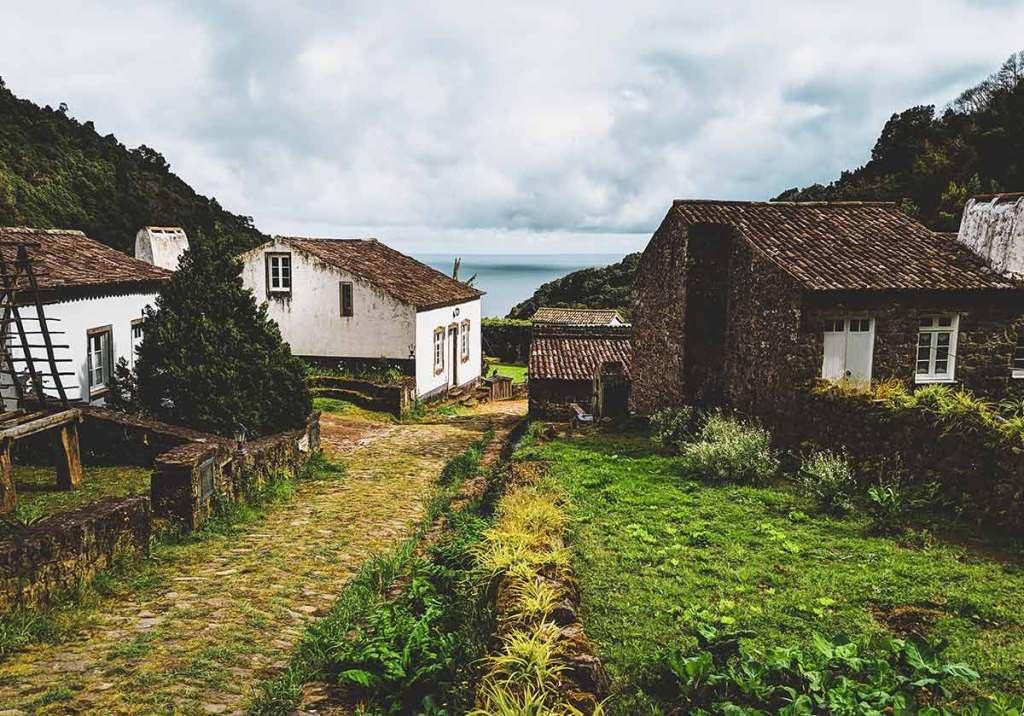 Os 10 melhores destinos para fazer turismo rural em Portugal title