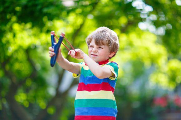 toy-slingshot-1535476865