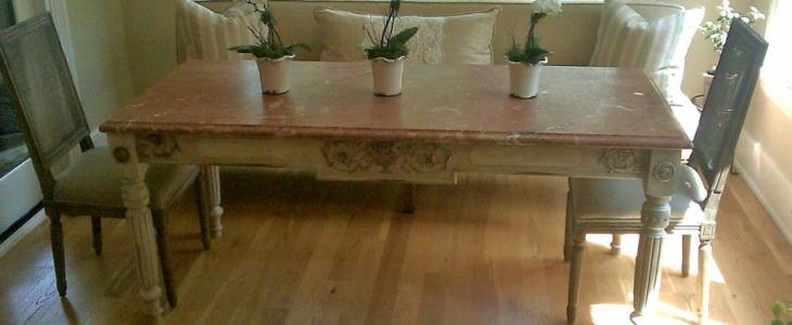 Old World Dining Table Leg & Urn Applique