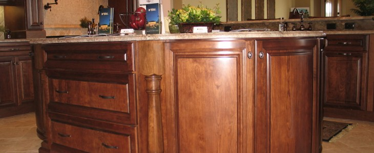 Islander Kitchen Island Post & Carpi Classic Corbel
