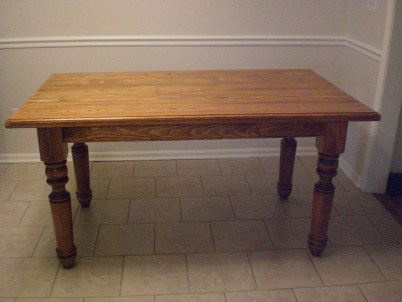 Portsmouth Dining Table Leg