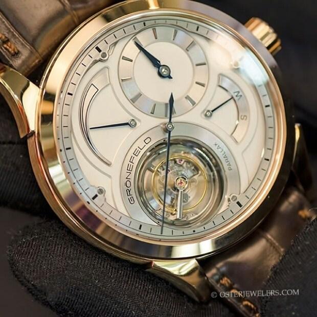 Grönefeld Parallax Timepiece