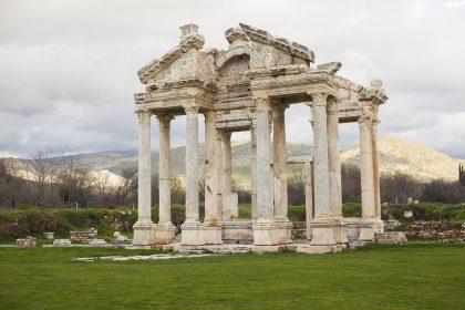 По следам древних цивилизаций