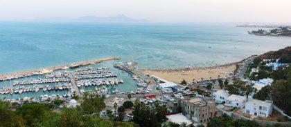 Тунис возвращает ПЦР-тесты для вакцинированных путешественников
