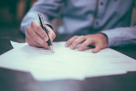 Contrato de alquiler: consejos y precauciones