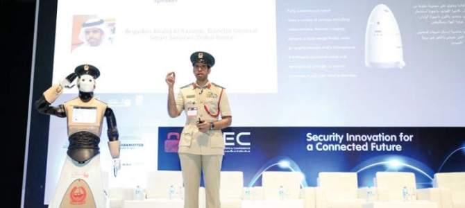 Poliziotto Robot a Dubai: il futuro è già qui!