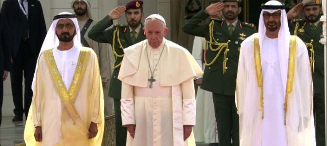 Il Papa negli UAE: tolleranza per sconfiggere il male