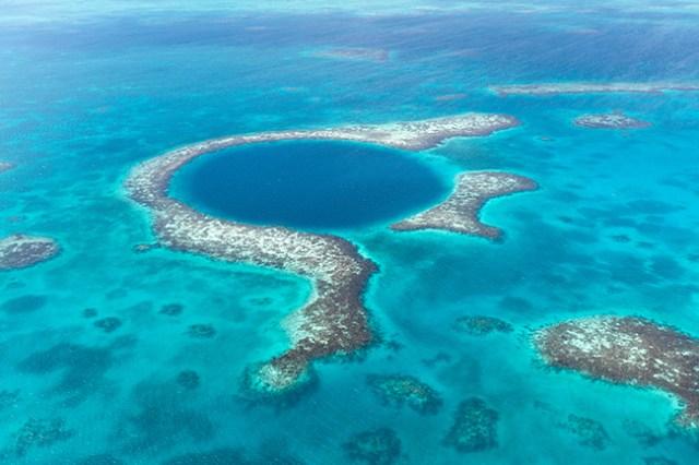 famous Belize dive site the blue hold