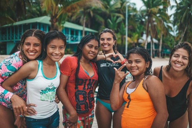 PADI Instructor changes the lives of the local community