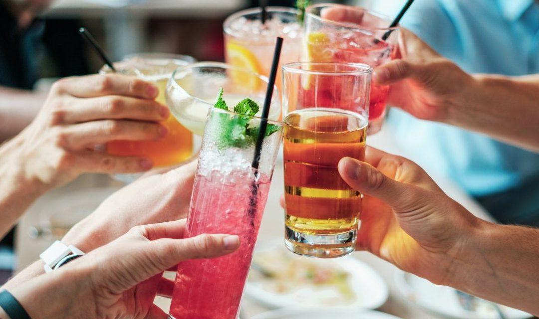 ¿Cómo convertir a los visitantes en días festivos en clientes habituales del restaurante?