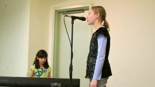 Stella & Tellulah perform Adele's Someone Like You
