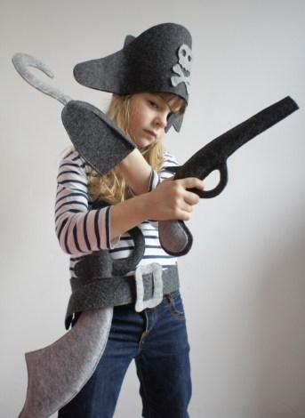 detsky-kostym-pirata