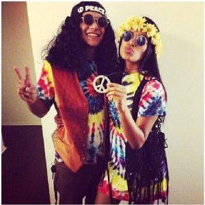 Maturitní ples ve stylu hippies