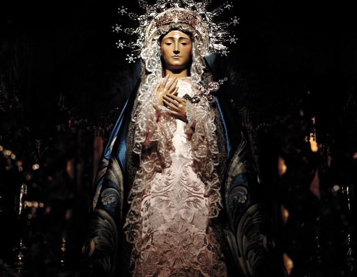 d194e5aca La Virgen de los Dolores  Reina del cielo
