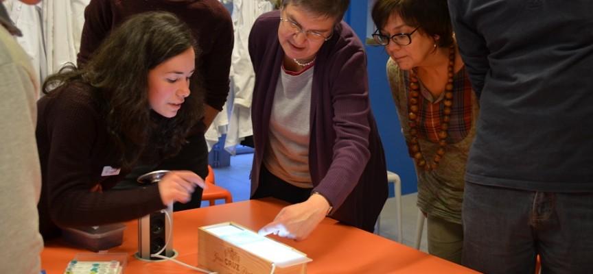 Beatriz et Francisco proposent leur animation sur le test de paternité.