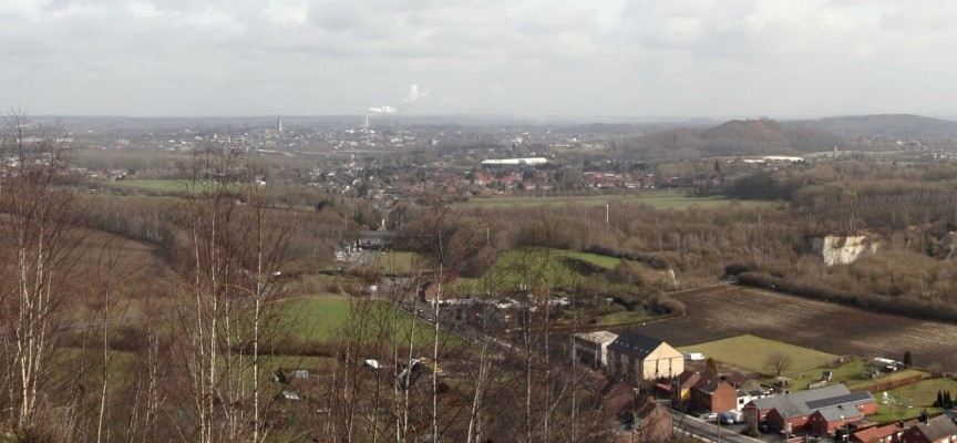Du haut du terril, une vue à 360° sur le paysage de la région.