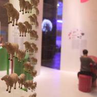 Brebis dolly clonage dans l'expo génétique
