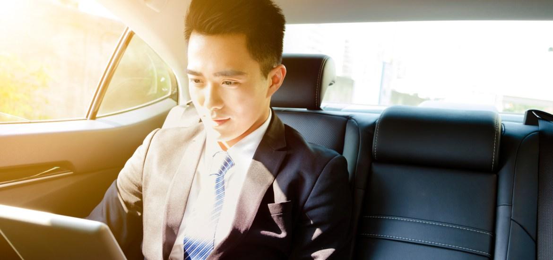 businessman, traveling, wifi portable, passpod.