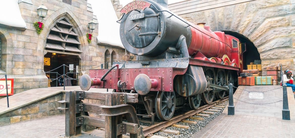 universal studios japan hogwarts harry potter hogwarts express