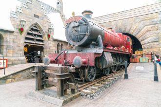 universal studios japan hogwarts harry potter hogwarts express