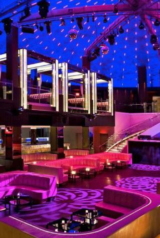Bachelorette-Party-Getaway-Destinations-on-our-Wander-list_13