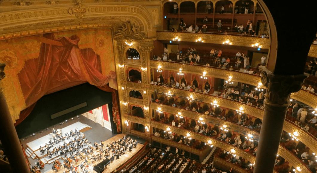 Valentine's Day Opera Gift
