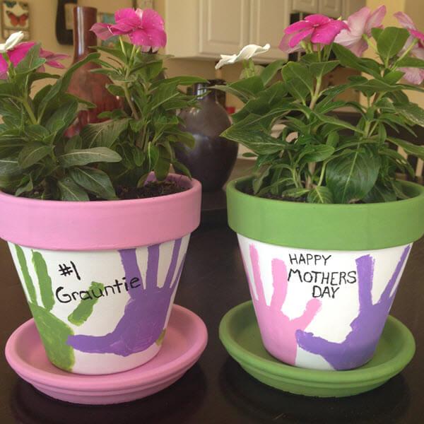DIY Mother's Day Flowerpots