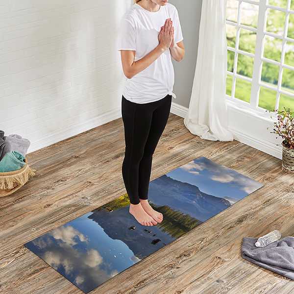 Singles Day Gift Ideas: Yoga Mat