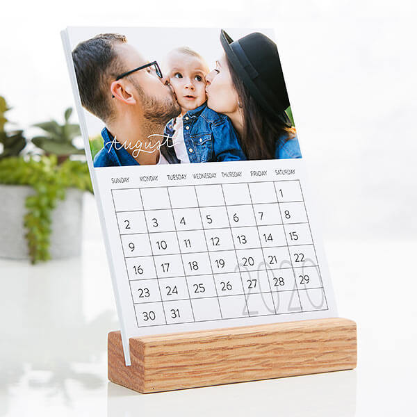 Hand Lettered Photo Easel Calendar