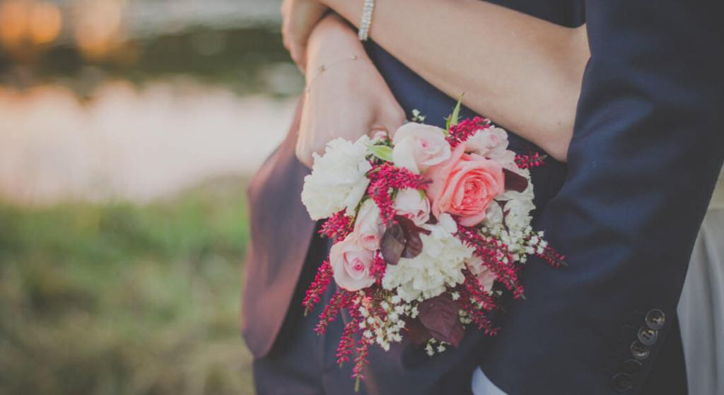 Love Coupon Ideas For Her: Flower Surprise