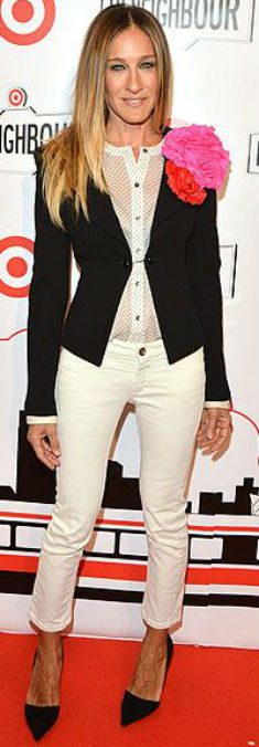petite-celebrity-style-sarah-jessica-parker-cropped-pants6copy